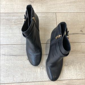 Tory Burch Size 8 Heeled Black Booties